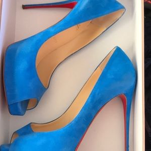 New very prive 120 suede Christian louboutin sz 39